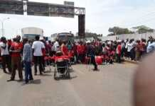 Kenyan Paralympic team has caused a standstill traffic jam as they blocked Thika Superhighway at garden City. The Kenyan Paralympic team is said to be demonstrating as they demand for their pay as motorist called traffic police to come to their rescue. Ma3RouteVerified account @Ma3Route 12m12 minutes ago More 13:23 @PoliceKE Kindly alert traffic commander at Kasarani to redirect traffic at the Roysambu overpass. Demonstrators have blocked Thika superhighway at garden City town bound causing a standstill traffic for more than 45 minutes. via @mwanaamutua