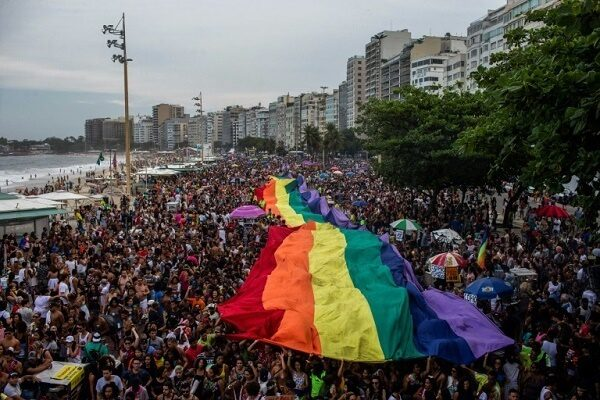 Brazil court criminalize homophobia