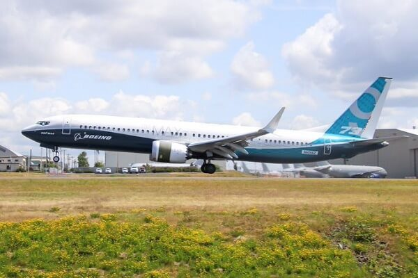 Boeing to cut production of 737 Max
