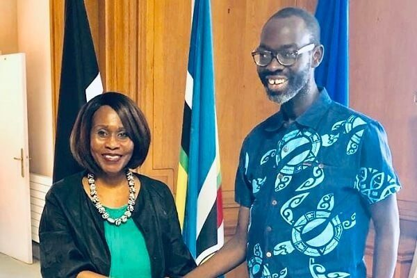 Kibra MP Ken Okoth visits Kenyan ambassador to France