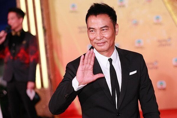 Hong Kong Simon Yam stabbed on stage