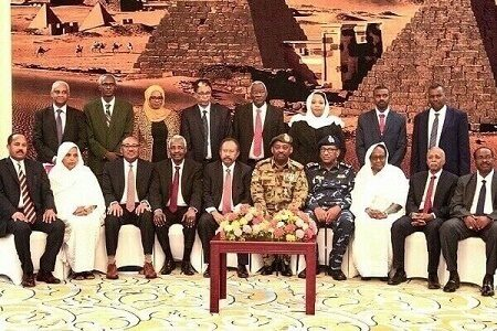 Sudan cabinet following ouster of Bashir sworn in