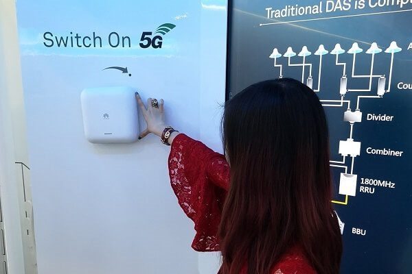 Huawei is in talks with US firms to license their 5G network