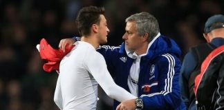 Mourinho dines with Arsenal boss as Emery is under pressure
