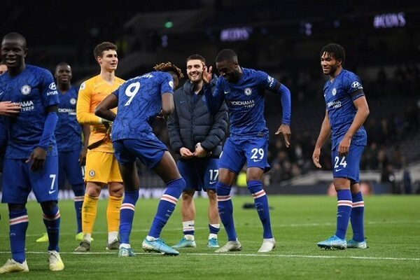 Chelssea trumphs against Tottenham in a racist packed match