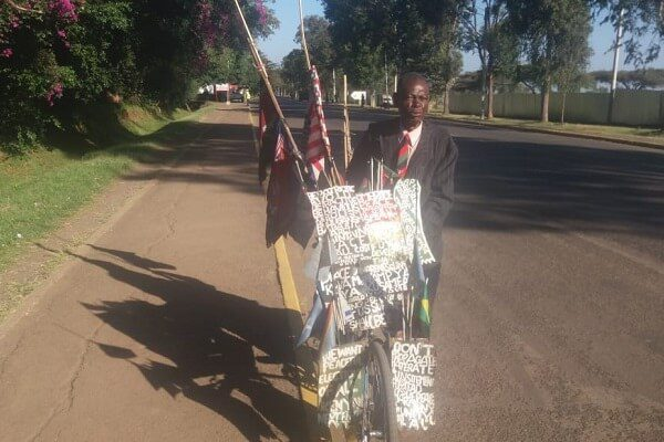 Butere man rides a bicycle for four days to bury Moi