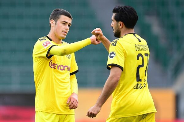 Dortmund beat Wolfsburg to retain second position