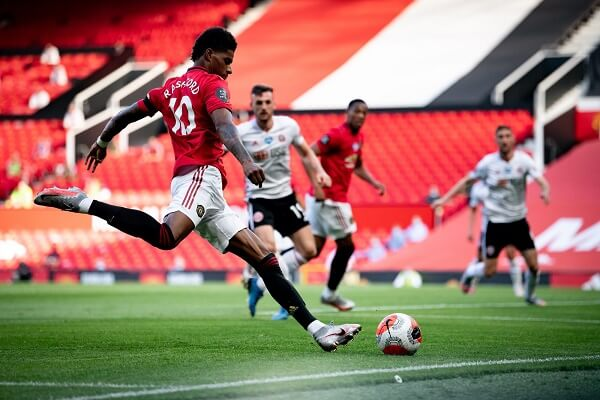 Marcus Rashford awarded honorary doctorate from Manchester University a