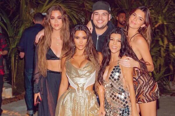 Kim Kardashian anger the internet with 40th birthday pictures