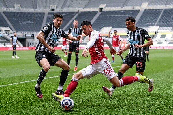 Aubameyang on target as Arsenal beat Newcastle