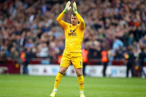 Manchester United complete medical for Tom Heaton