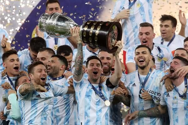 Lionel Messi wins first major international trophy with Argentina