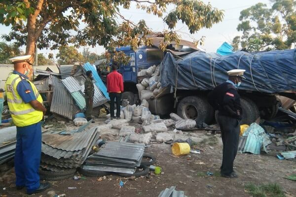 Lorry ferrying cement from Kisumu kills two in Homabay