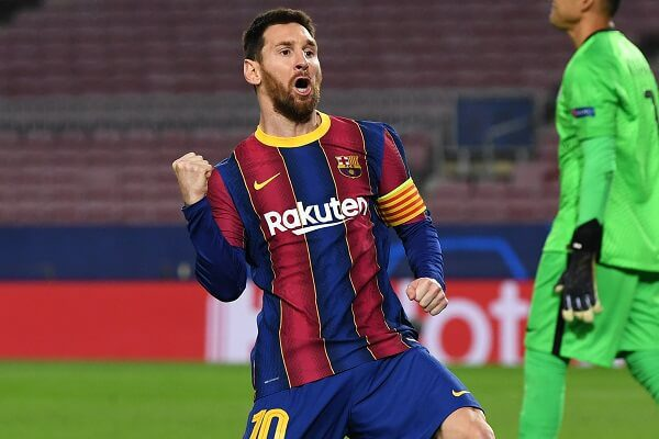 Lionel Messi agrees new contract and pay cut with Barcelona