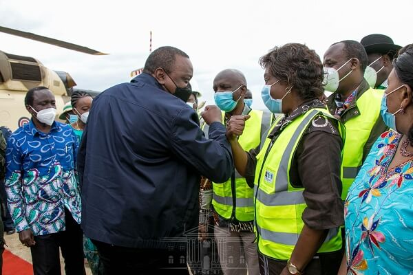 President Uhuru in Makueni to inspect government projects